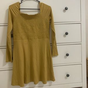 super cute mustard American eagle dress